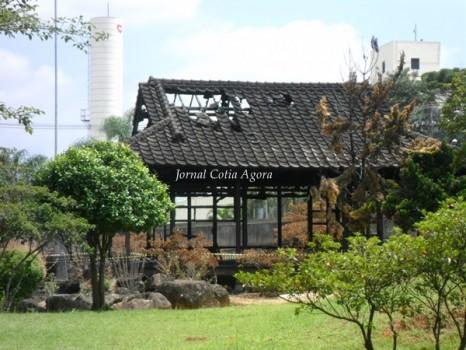 Incêndio em fevereiro de 2013 destruiu casa de chá