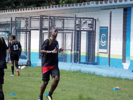 Clodoaldo espera repetir boa atuação e fazer mais gols