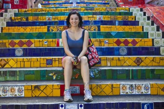 Gabi na Escadaria Selaron