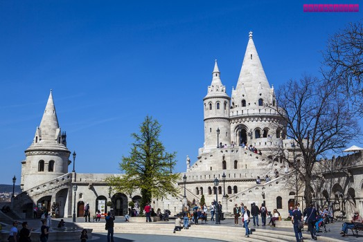 Fishermans-Bastion_1-castelo-de-budapeste