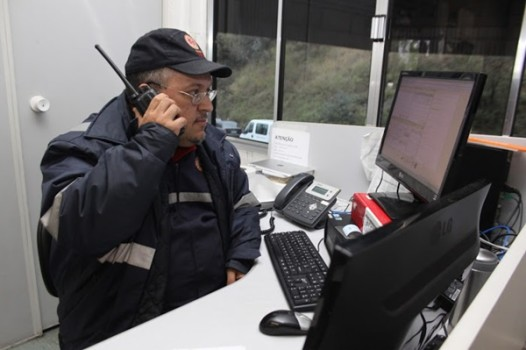 O médico e ex vereador de Cotia, Cláudio Saraiva, faz parte da equipe do Samu