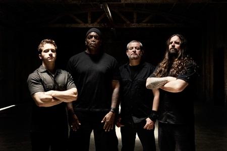 Sepultura já gravou demos para o próximo álbum