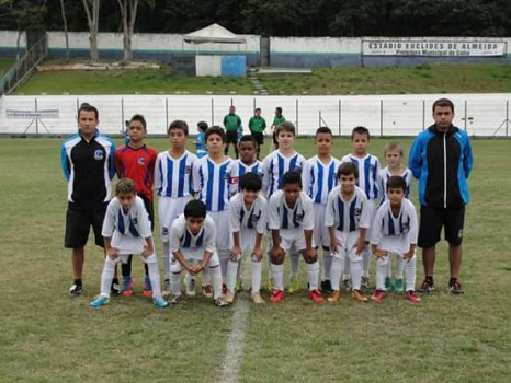 Felipe (4º) e Vitor (6º) ainda com 9 anos no Cotia FC