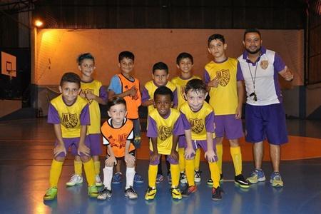 298187dd03 Inicie seu filho no mundo do esporte com a Escolinha Milton Futsal. Conheça  um pouco do trabalho! – jornalcotiaagora.com.br