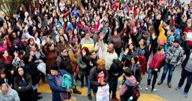 Marcado para setembro encontro entre grevistas e prefeito de Cotia