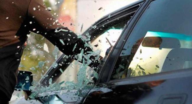 Polícia prende em Cotia ladrão que vendia carros roubados por R$ 2 mil para desmanches