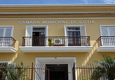 Vereadores de Cotia aprovam dias especiais do cantor sertanejo, zumba, jiu jitsu e afins