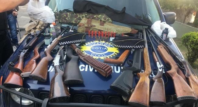 Cotia teve aumento no número de armas de fogo apreendidas pela polícia