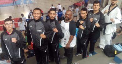 Mesmo desfalcada, equipe de taekwondo de Cotia conquista medalhas nos Jogos Abertos