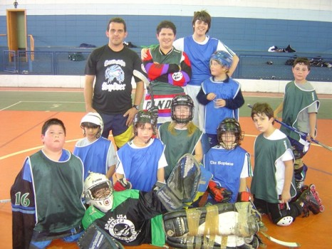 Fabio e seus alunos do Via Sapiens em 2009 (Foto: Arquivo Beto Kodiak)