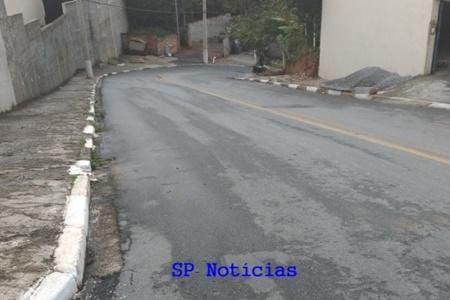 Início da ladeira da Rua Rodésia