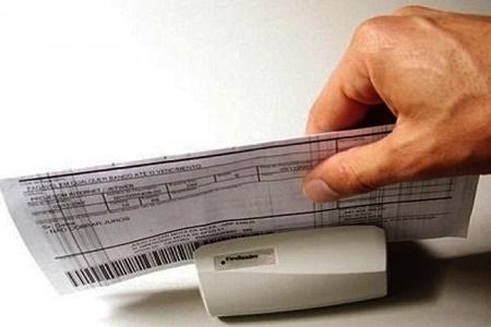 Resultado de imagem para Boletos acima de R$ 800 poderão ser pagos em qualquer banco