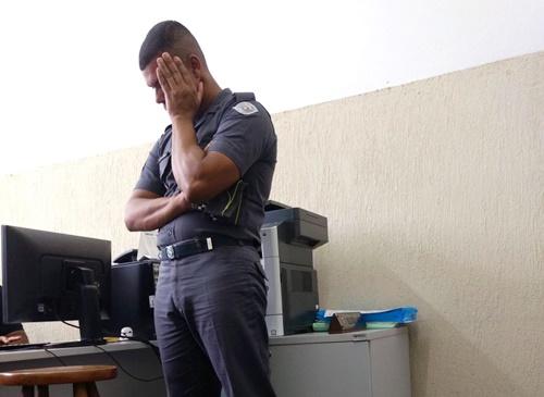 Policial acusado