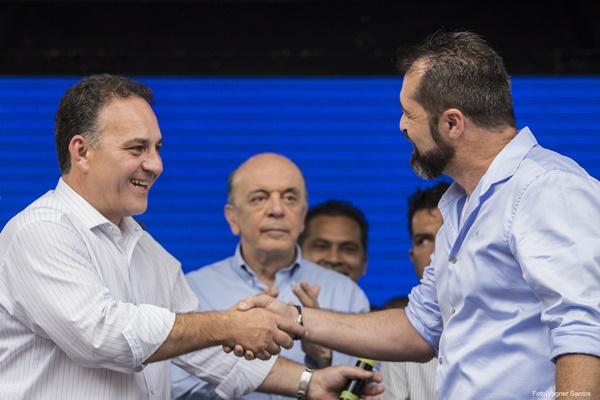 Ricardo e o prefeito Rogério Franco. Foto: Vagner Santos