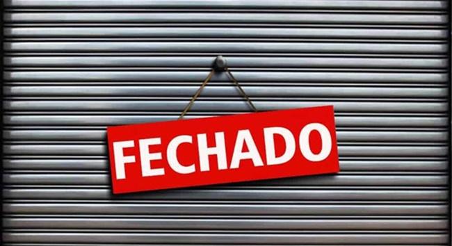 Forças policiais de Cotia acabam com festa clandestina na Granja Viana