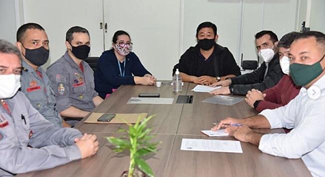 Ibiúna assina contrato para ter base dos Bombeiros